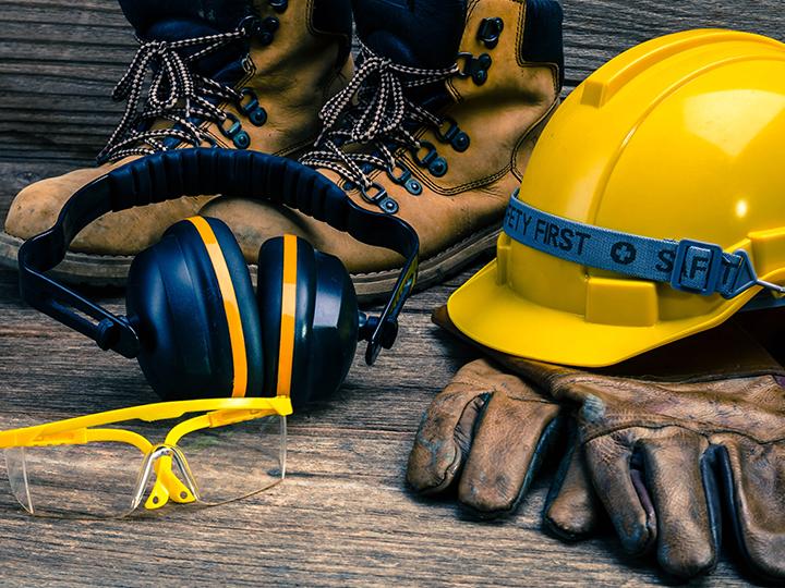 PPE & Clothing